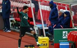 Dele Alli tỏ thái độ bất mãn, HLV Mourinho nổi giận đùng đùng