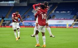 """Bruno Fernandes tỏa sáng rực rỡ, Quỷ đỏ vẫn """"gục ngã"""" đau đớn bởi bàn thua phút cuối"""