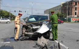 Tai nạn kinh hoàng giữa 3 ô tô trong khu công nghiệp ở Bình Dương