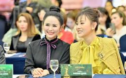 """""""Quỳnh búp bê"""" Phương Oanh đọ sắc với Bùi Thanh Hương"""