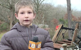 Cậu bé 7 tuổi nhảy vào biển lửa để cứu sống em gái 22 tháng tuổi