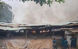 Đang cháy dữ dội ở quận 9, TP HCM