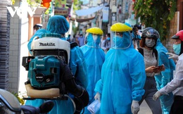 """""""Nếu người nhập cảnh trái phép nhiễm virus biến chủng sẽ là mối nguy rất lớn"""""""