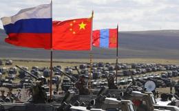 """Ông Putin và những trả lời bất ngờ: """"Bật đèn xanh"""" cho liên minh quân sự Nga-Trung?"""