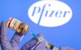 Vì sao Anh là nước đầu tiên cấp phép vaccine phòng COVID của Mỹ?