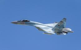 """Video: """"Sát thủ bầu trời"""" Su-35S của Nga tập trận tại Karelia"""