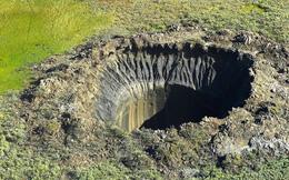 Bí ẩn về những 'ổ gà' khổng lồ ở vùng cực Siberia