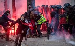 Bạo loạn nổ ra tại Pháp
