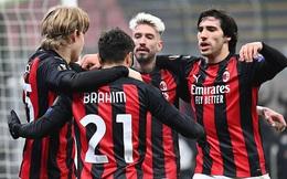 Không cần Ibrahimovic, AC Milan vẫn ngự trị ngôi đầu Serie A