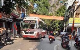 Lạng Sơn: Kinh hoàng xe ô tô mất phanh lao từ đèo xuống khu dân cư