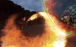 Anh nghệ sĩ chế thanh kiếm Katana với khả năng chém ra lửa như trong các bộ anime Nhật Bản