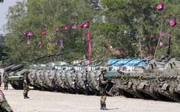 Hơn 200 xe quân sự Trung Quốc cập bến Campuchia, phục vụ dưới quyền con trai ông Hun Sen