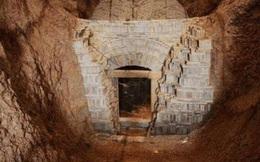 Chuyên gia ngỡ ngàng phát hiện sự thật về lọ thuốc tìm thấy trong mộ cổ ngàn năm