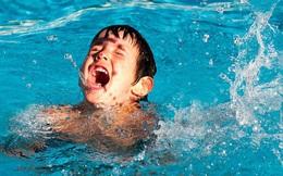 Sơ cứu đuối nước chậm 4 phút có thể chết não: Những điều ai cũng phải biết phòng khi cần