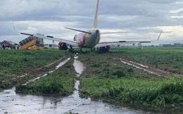 Máy bay Vietjet hạ cánh trượt khỏi đường băng Tân Sơn Nhất: Đã kéo tàu bay ra khỏi bãi bùn lầy