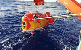Video: Tàu Trung Quốc lập kỷ lục lặn sâu gần 11.000 m dưới đáy biển