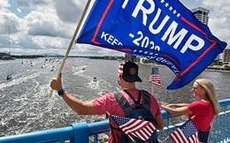 Dân Florida tưng bừng mừng sinh nhật thứ 74 của Tổng thống Trump
