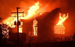 Cháy phòng trọ giữa đêm khuya ở Sài Gòn, chồng và con gái tử vong, vợ bỏng nặng