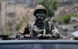 """Quân đội Ấn Độ sục sôi chưa từng thấy: Trung Quốc sẽ hối không kịp vì chạm """"tổ kiến lửa"""" New Delhi?"""