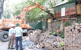Cưỡng chế thu hồi khu đất bị chiếm dụng gần 10 năm ở hồ Ba Mẫu