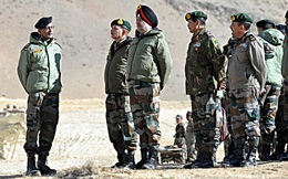 """Quan chức cấp cao Mỹ: TQ thừa cơ Covid-19 để ra tay với Ấn Độ, """"nói lời hòa bình"""" nhưng hành động trái ngược"""