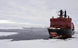 """Nga trang bị """"tận răng"""" như thế nào ở Bắc Cực?"""