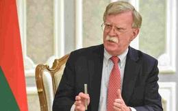 """Bolton: Trump và Tập """"thường xuyên"""" trao đổi về nỗ lực tái tranh cử"""