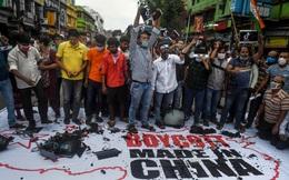 """""""Cay"""" chuyện biên giới, 3.000 khách sạn Ấn Độ cấm cửa khách Trung Quốc"""