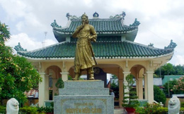 Thượng đẳng thần Nguyễn Hữu Cảnh - người có công lao hiển hách xác lập vùng đất Nam Bộ