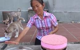 Đứng người với bà Tân Vlog, lúi húi làm bánh bị chó liếm đĩa không biết, vô tư dùng lại chia bánh cho các cháu thưởng thức