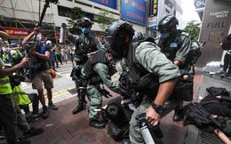 Ngày đầu áp dụng luật an ninh mới, hàng chục người bị bắt ở Hong Kong