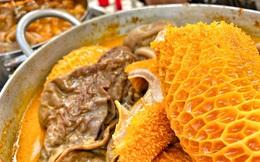 Hàng phá lấu 30 năm nổi tiếng đắt nhất Sài Gòn ở khu chợ Lớn nay đã vượt mốc hơn nửa triệu/kg, vẫn độc quyền mùi vị và khách tứ phương đều tìm tới ăn