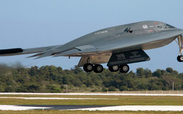 """Vì sao """"quái vật"""" tàng hình B-2 Spirit của Mỹ đến nay chưa có đối thủ?"""