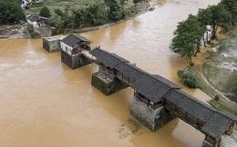 Trung Quốc: Mưa lũ trên diện rộng, tỉnh Phúc Kiến đưa ra cảnh báo cao nhất