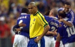 """Ngày này năm xưa: Ronaldo """"béo"""" bất lực nhìn Zidane lên đỉnh thế giới"""