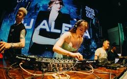 Thân thế ít biết của DJ ngoại quốc bốc lửa nhất showbiz Việt