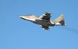 Anh hùng phi công Nga kể về lần Su-25 bị 'vây hãm' giữa vòng vây tên lửa