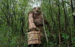 Cùng là những bức tượng khổng lồ, khu vui chơi ở Đà Lạt bị chê tơi tả còn công viên này lại khiến thế giới phải lác mắt vì 'quá nghệ'
