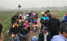 Hà Nội: Dân lại căng lều bạt chặn xe vào bãi rác Nam Sơn