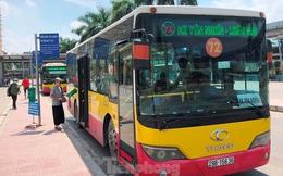 Cận cảnh tuyến xe buýt doanh nghiệp 'dọa' dừng hoạt động ở Hà Nội