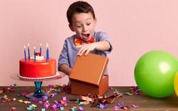 Được tặng quà sinh nhật toàn là phân ngựa, cậu bé phản ứng bằng 1 câu nằm ngoài tưởng tượng, rất đáng để học hỏi