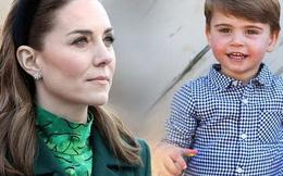 Công nương Kate lần đầu thẳng thắn nói về tình trạng đáng lo của Hoàng tử út Louis nhưng cách xử lý lại khác hoàn toàn so với Meghan Markle