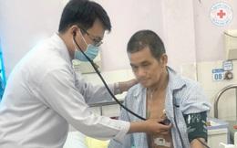 Thường xuyên uống nước ngọt, người đàn ông trẻ mắc căn bệnh nguy hiểm có thể gây đột tử