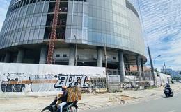 Cận cảnh cao ốc 'đắp chiếu', làm xấu bộ mặt trung tâm Sài Gòn