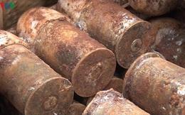 Đào móng làm hồ chứa nước, phát hiện hơn 60 quả đạn pháo ở Bình Phước