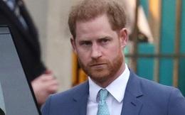 Hoàng tử Harry theo lời vợ, nói xin lỗi trong lần xuất hiện công khai mới nhất, nhưng đáng chú ý lại là phản ứng của hàng nghìn người hâm mộ