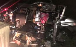 Hiện trường kinh hoàng vụ tai nạn giữa ô tô 16 chỗ và xe tải khiến 8 người tử vong lúc rạng sáng