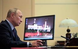 """Ai đang """"thêm lửa"""" ở sân sau của Nga?"""