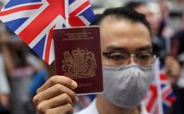 """Anh dọn đường """"đẹp hơn tưởng tượng"""" đón người Hồng Kông, Bắc Kinh cảnh báo rắn"""