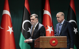 """Ai Cập được """"bật đèn xanh"""" đưa quân đến Libya, Thổ Nhĩ Kỳ đã sẵn sàng đối đầu """"kỳ phùng địch thủ""""?"""
